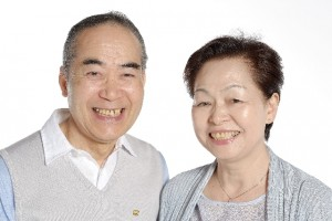 高齢のご夫婦写真